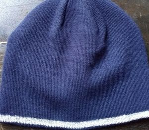 NWOT Unisex Beanie with Textured Stripe